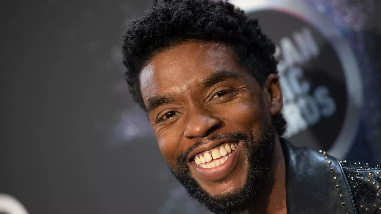 Chadwick Boseman, la star di Black Panther finisce nei trend dopo la nomination agli Oscar