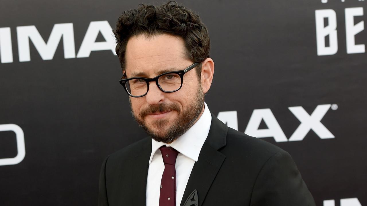Che J.J. Abrams possa ora dirigere un nuovo film di Superman per la Warner Bros?