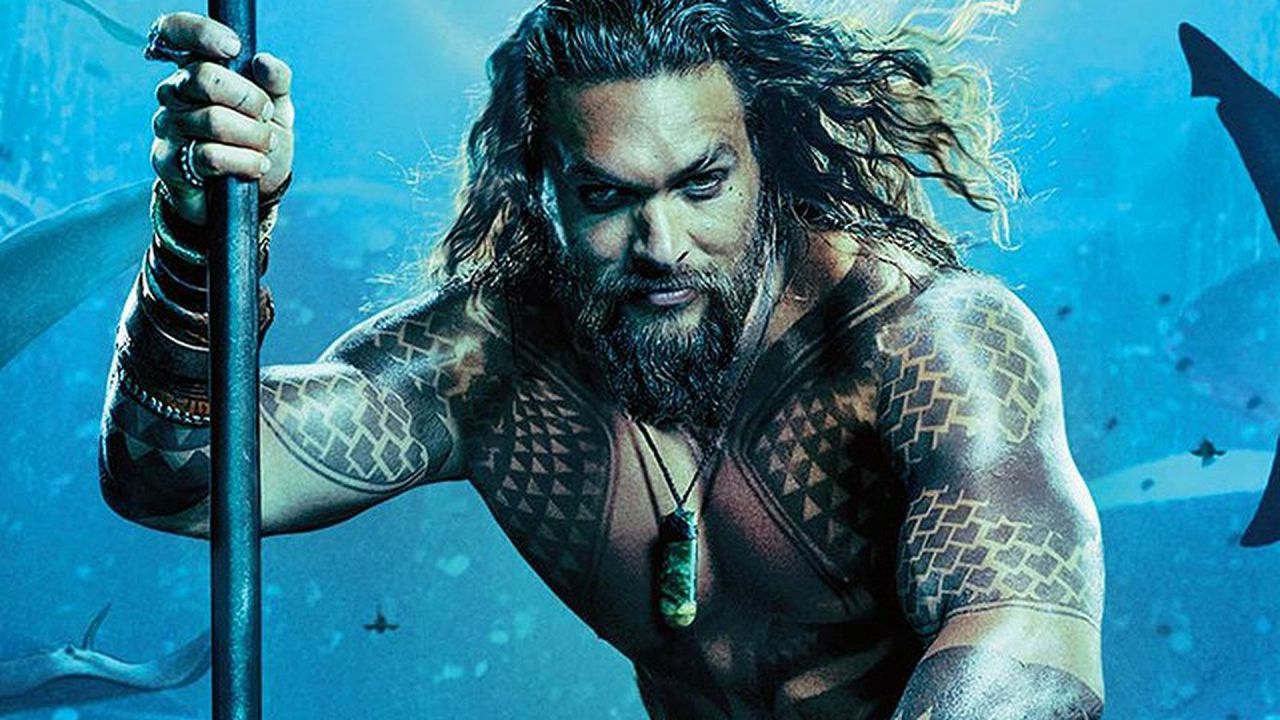 Chris Hemsworth diventa Aquaman in una fan art: è meglio di Jason Momoa?