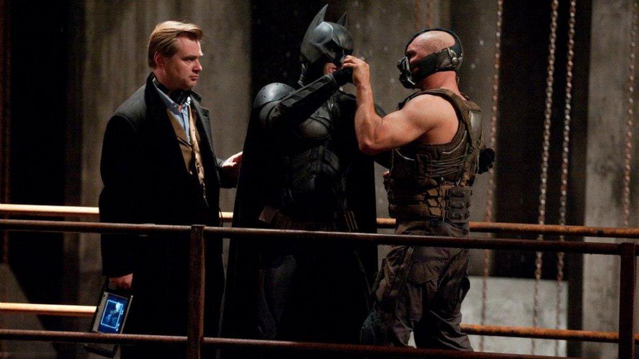 Christopher Nolan spiega perché Tom Hardy ha sempre il volto coperto