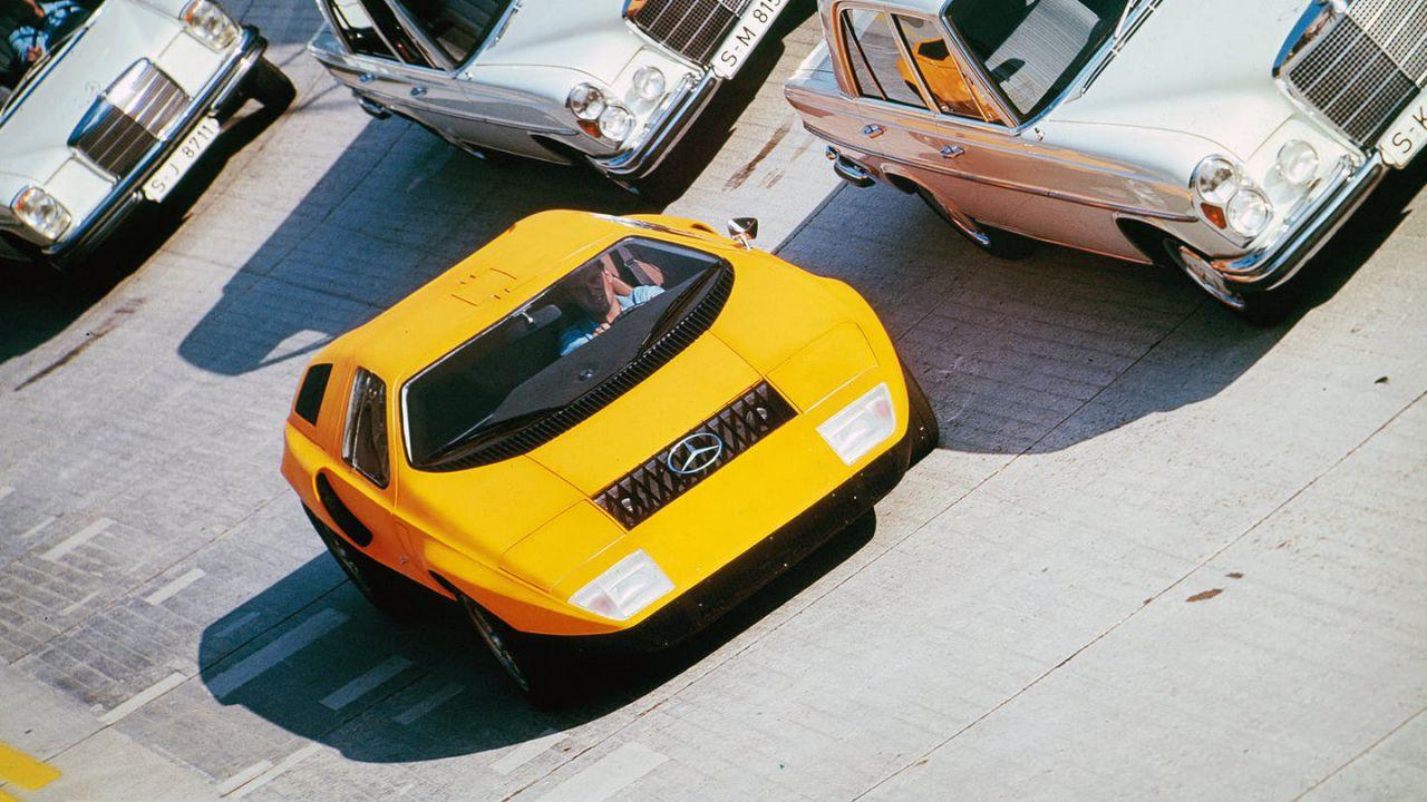 Come mai negli anni '70 Mercedes si è buttata sui diesel? La colpa è del motore rotativo