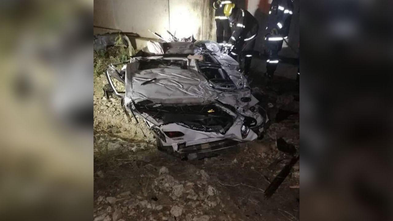 Con la Golf GTI a oltre 200 km/h contro un muro: le foto dell'incidente mortale