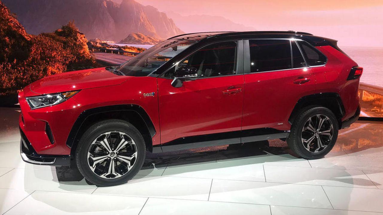 Cosa sappiamo del nuovo Toyota RAV4 Hybrid Plug-In