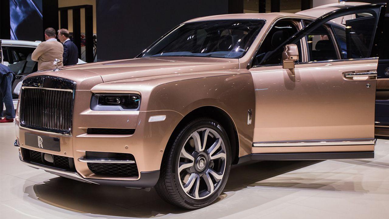 Così il SUV Cullinan da 400.000$ ha fatto volare il fatturato di Rolls-Royce