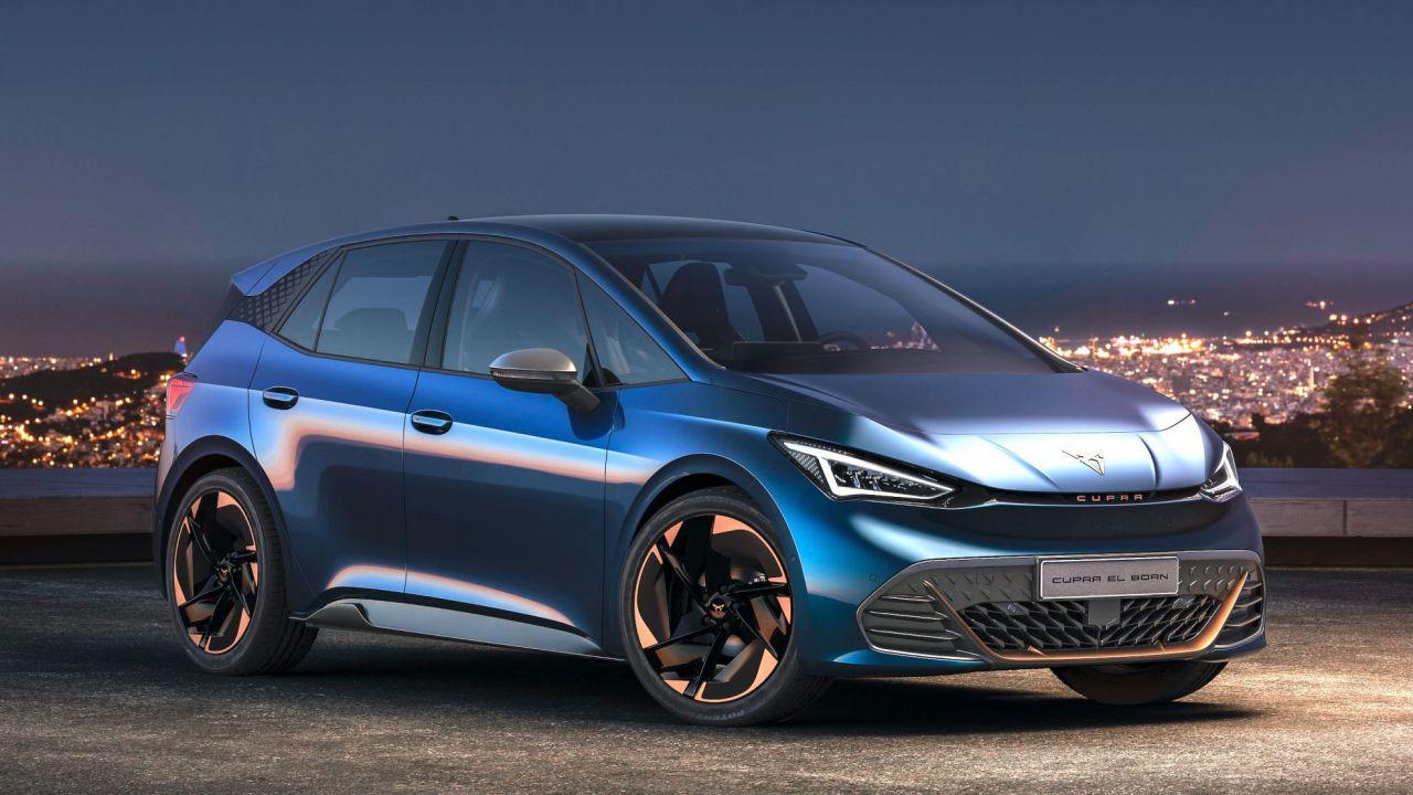 CUPRA el-Born, ecco l'elettrica con 500 km di autonomia del marchio SEAT
