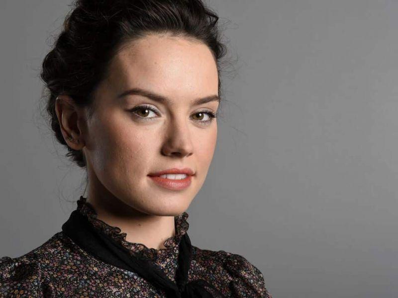 Daisy Ridley diventa Batgirl in una nuova fan-art sul film HBO Max