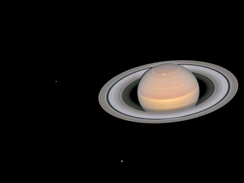 Dati Cassini: gli anelli di Saturno si sono formati all'epoca dei dinosauri