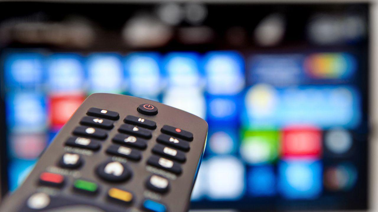 Digitale terrestre, weekend di grandi manovre: novità per i canali TV Mediaset e Sky