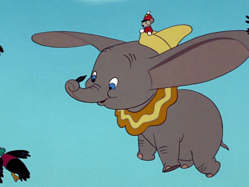 Disney+: Dumbo, Peter Pan e Gli Artistogatti via dai profili per bambini: ecco perché