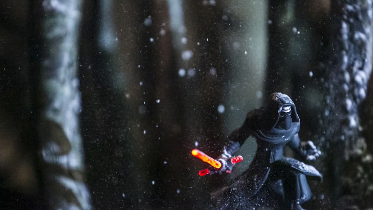 Disney Infinity 3.0: Kylo Ren Light FX arriverà nei negozi ad aprile