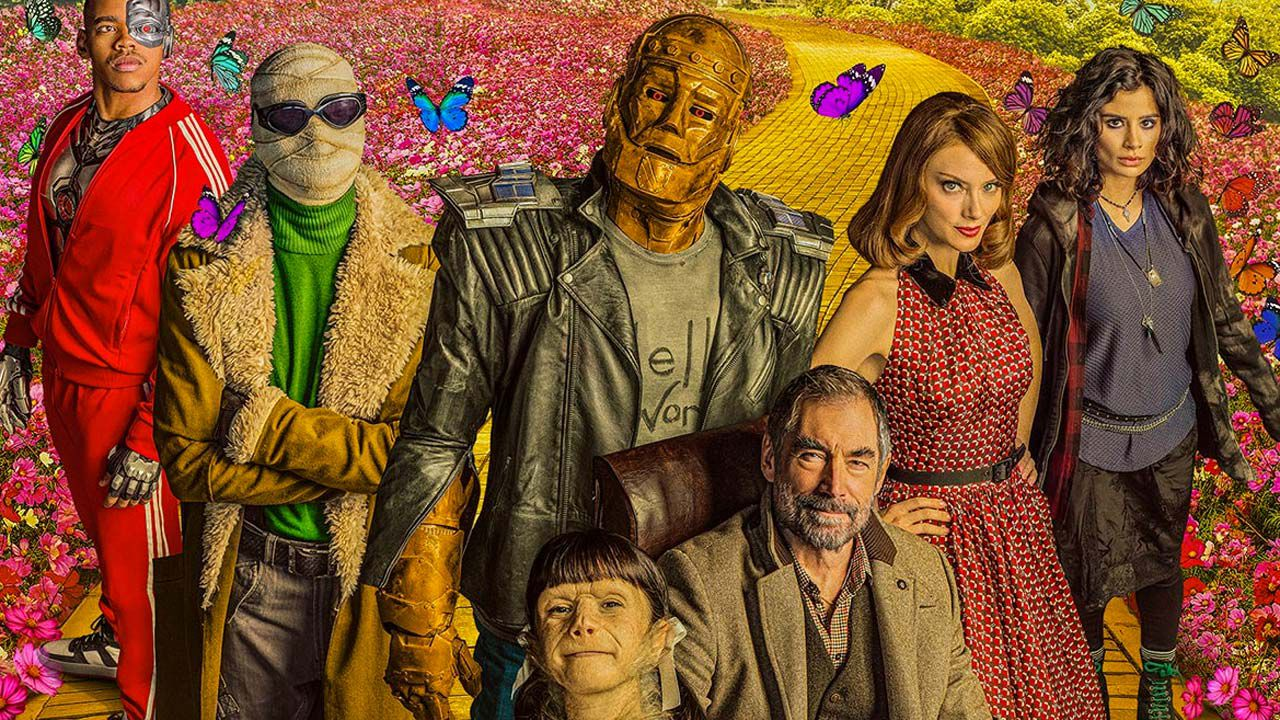 Doom Patrol 2, tutta l'estroversa famiglia DC riunita nelle foto del finale di stagioneL'