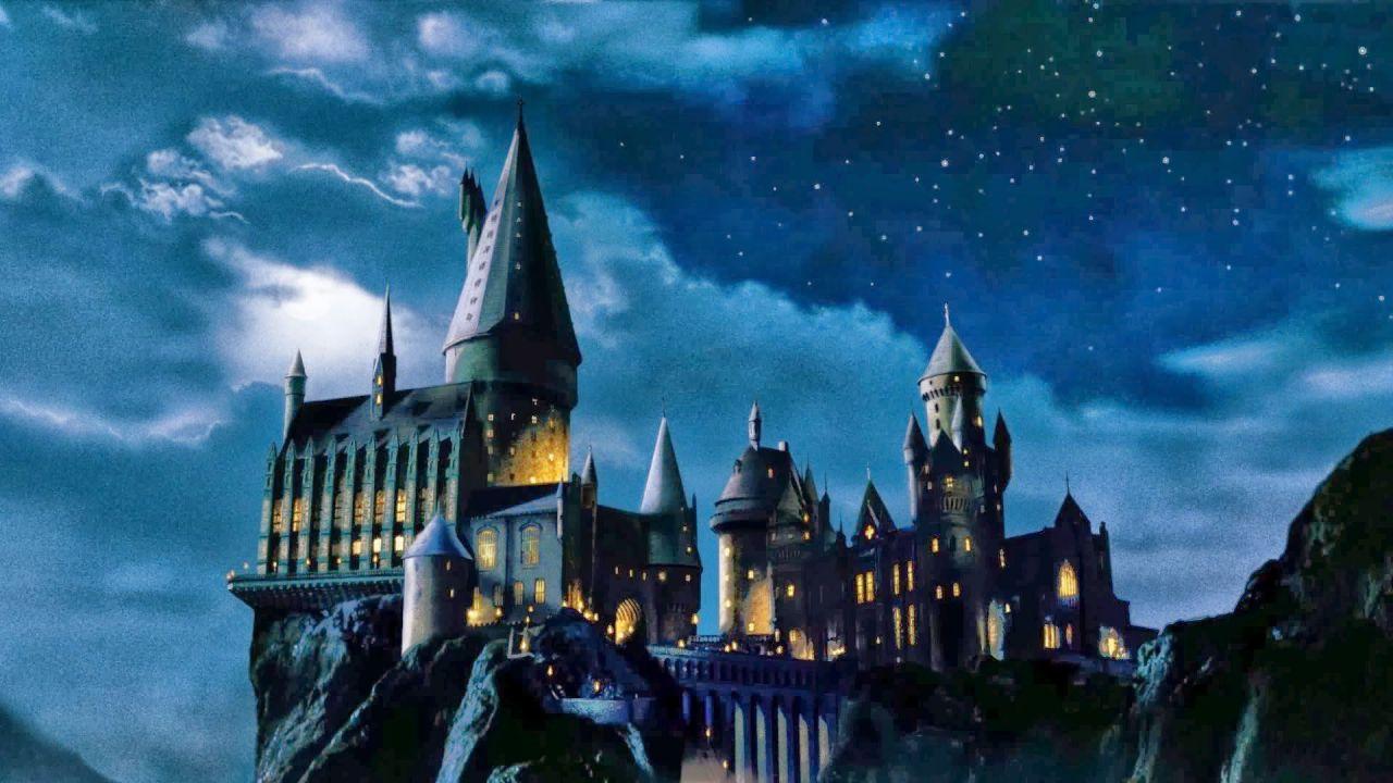 Dove si trova il castello di Harry Potter? Entriamo nella vera scuola di Hogwarts!
