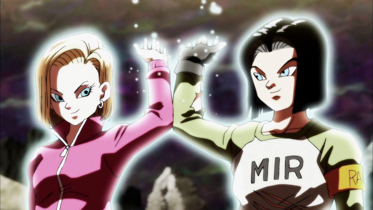 Dragon Ball Z: i gemelli C17 e C18 prendono vita con il cosplay di Moneecastro