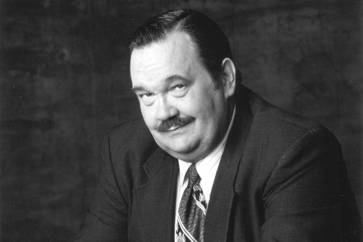 È morto David Schramm, negli anni '90 fu protagonista di Wings
