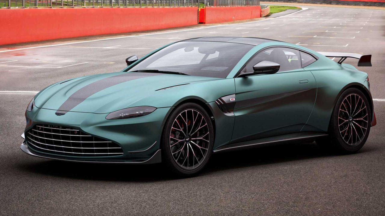 Ecco la Aston Martin Vantage F1 Edition: una Safety Car disponibile ai consumatori