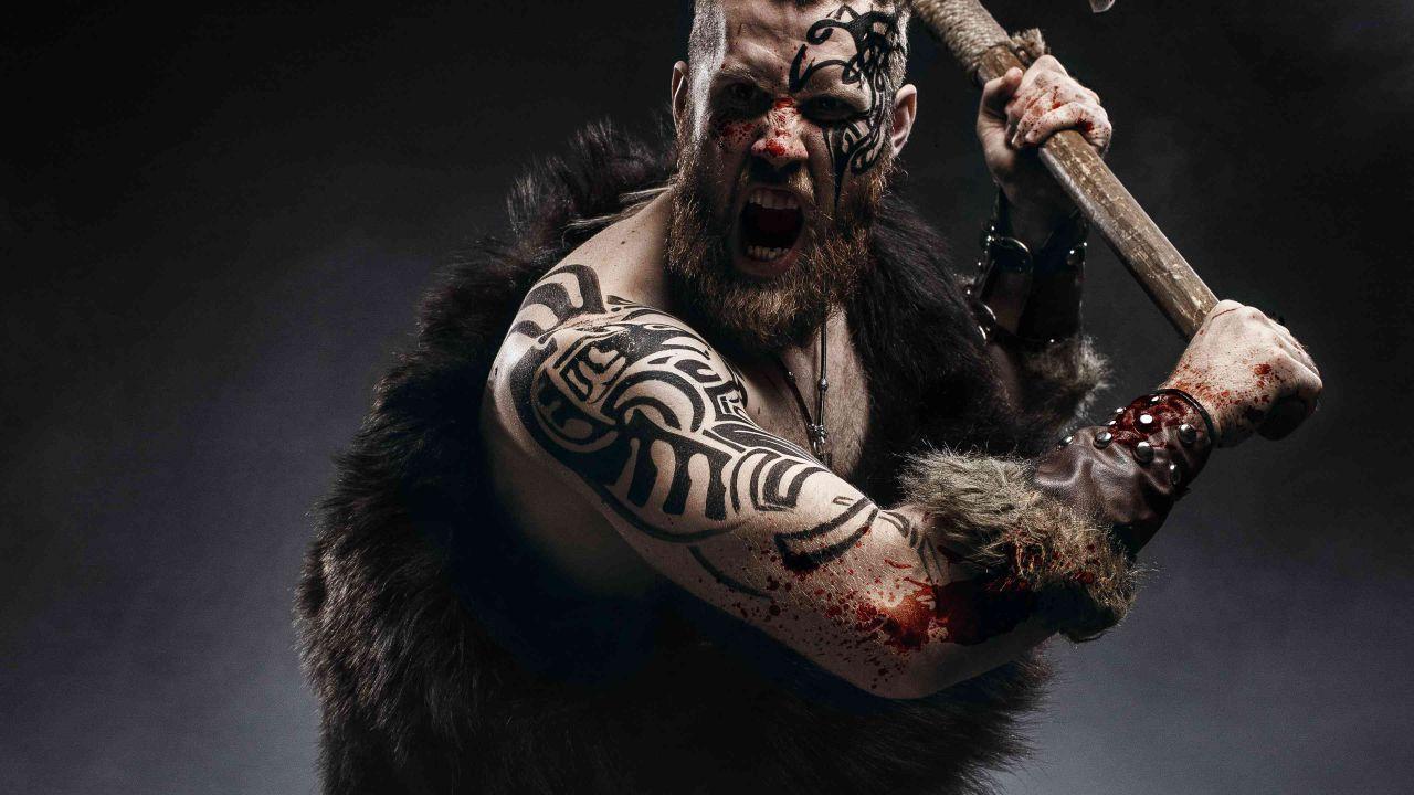 Ecco chi erano i Berserkir, i feroci guerrieri vichinghi invasati dallo spirito di Odino