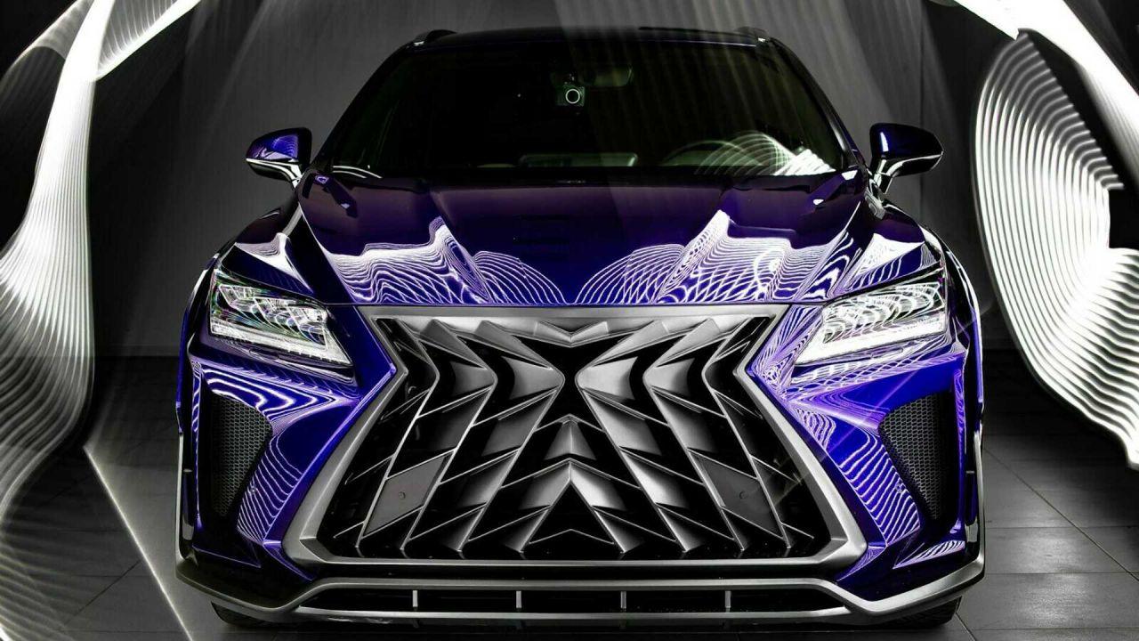 Ecco la griglia frontale più grande mai vista: è di una Lexus RX modificata