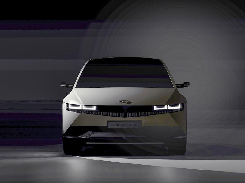 Ecco la Hyundai Ioniq 5 nascosta nelle foto teaser ufficiali