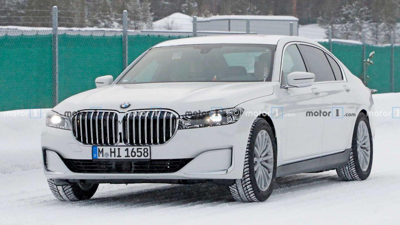 Ecco la nuova BMW Serie 7, svelata da foto spia tra i paesaggi innevati