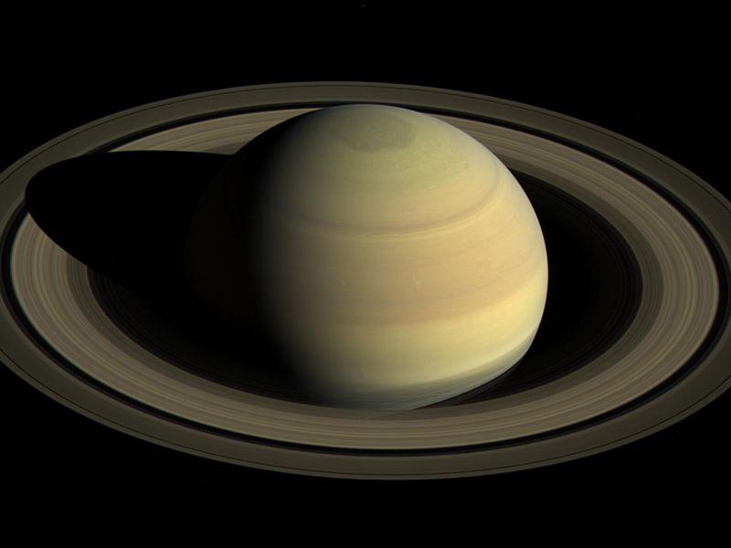 Ecco quanto dura un giorno su Saturno: è stato misurato a partire dagli anelli
