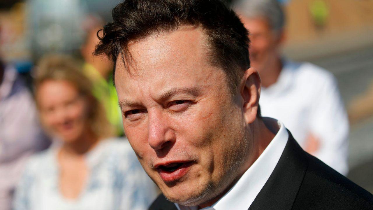 Elon Musk ha invitato il presidente russo Vladimir Putin su Clubhouse