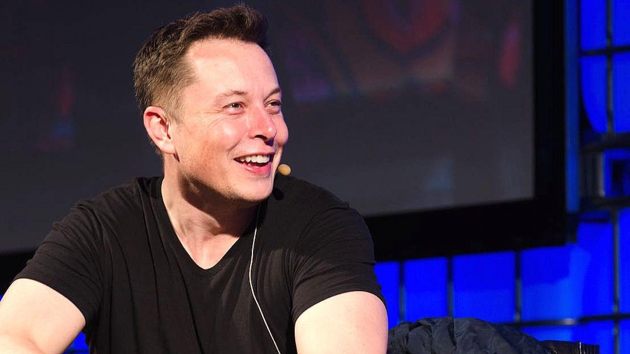 Elon Musk è il secondo uomo più ricco al mondo: superato Bill Gates