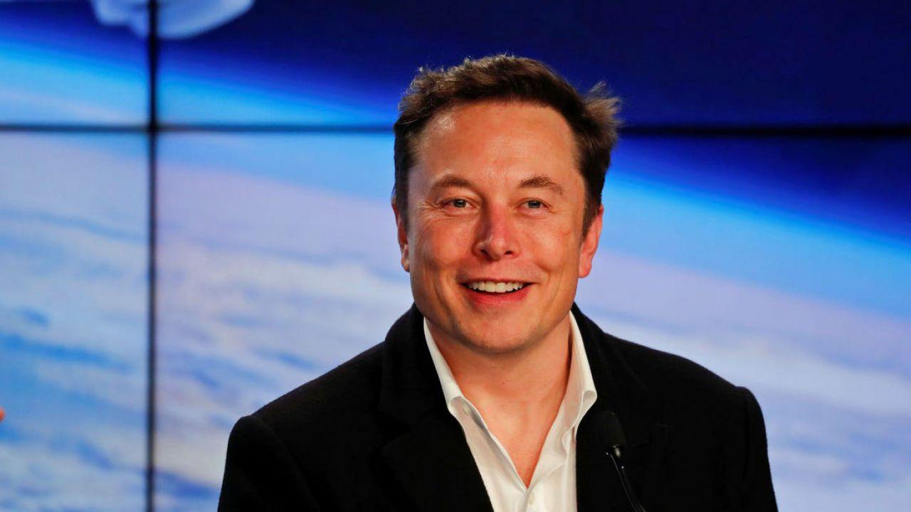 Elon Musk sfida il lockdown in California: 'riapro le fabbriche, se volete arrestatemi!'