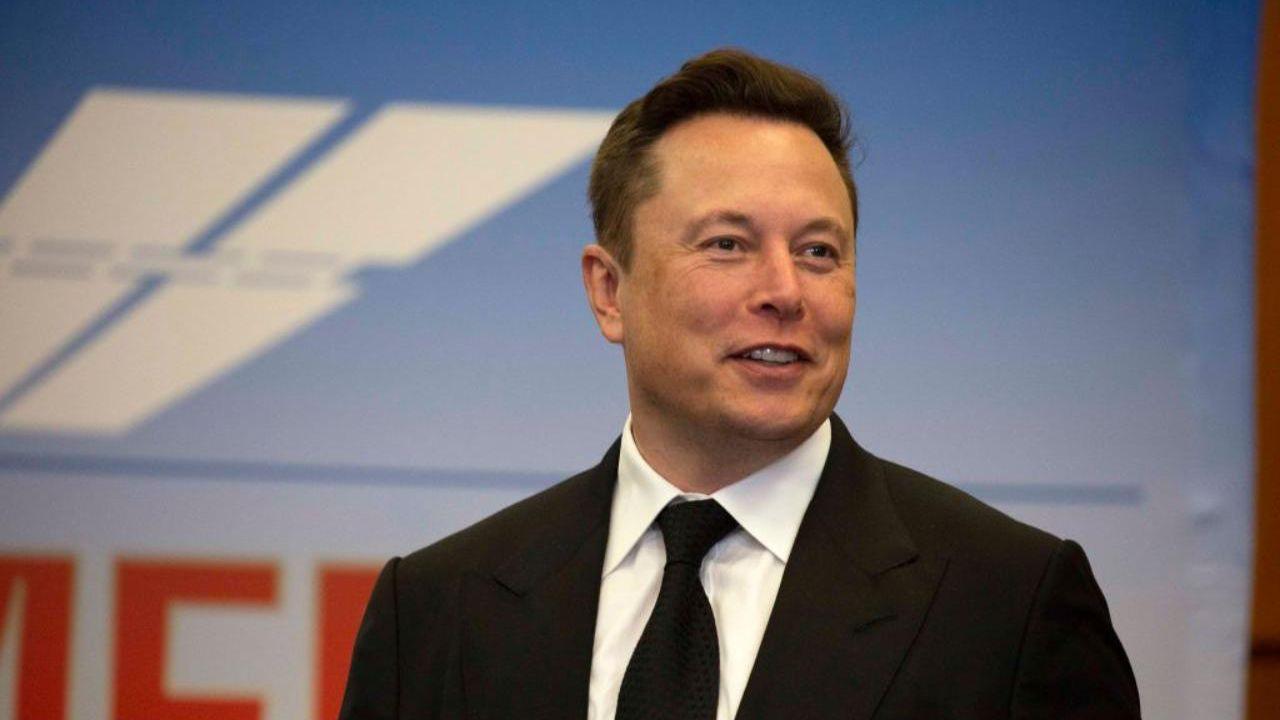 Elon Musk ci spiazza ancora una volta:'Voglio fare l'assicuratore'
