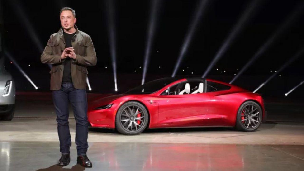 Elon Musk di Tesla sulla guida autonoma di livello 5:'arriverà quest'anno'