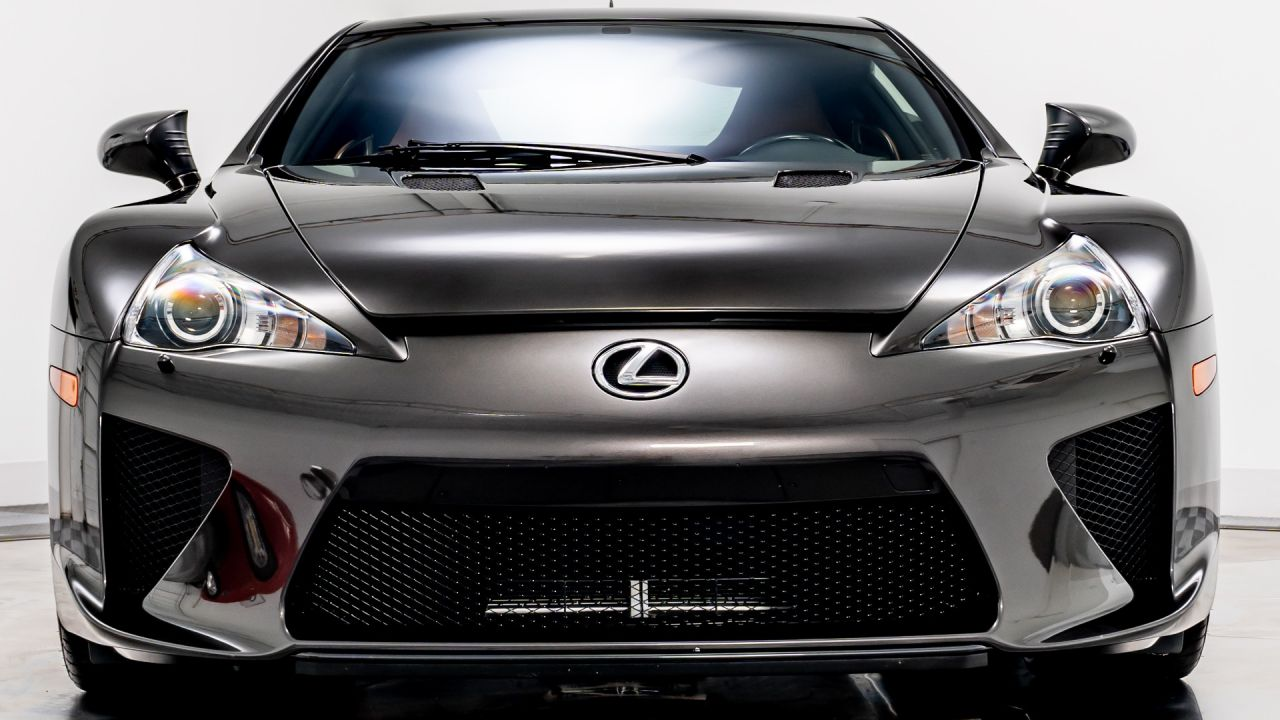 Esemplare unico di Lexus LFA è in vendita, e ovviamente costa una fortuna