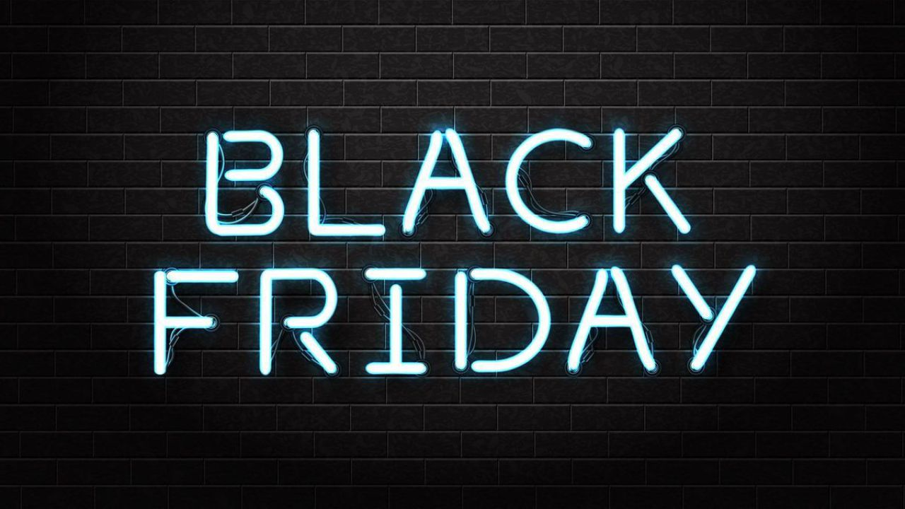 Expert, è iniziato il Black Friday: sconti su smartphone, smartwatch, TV e PC