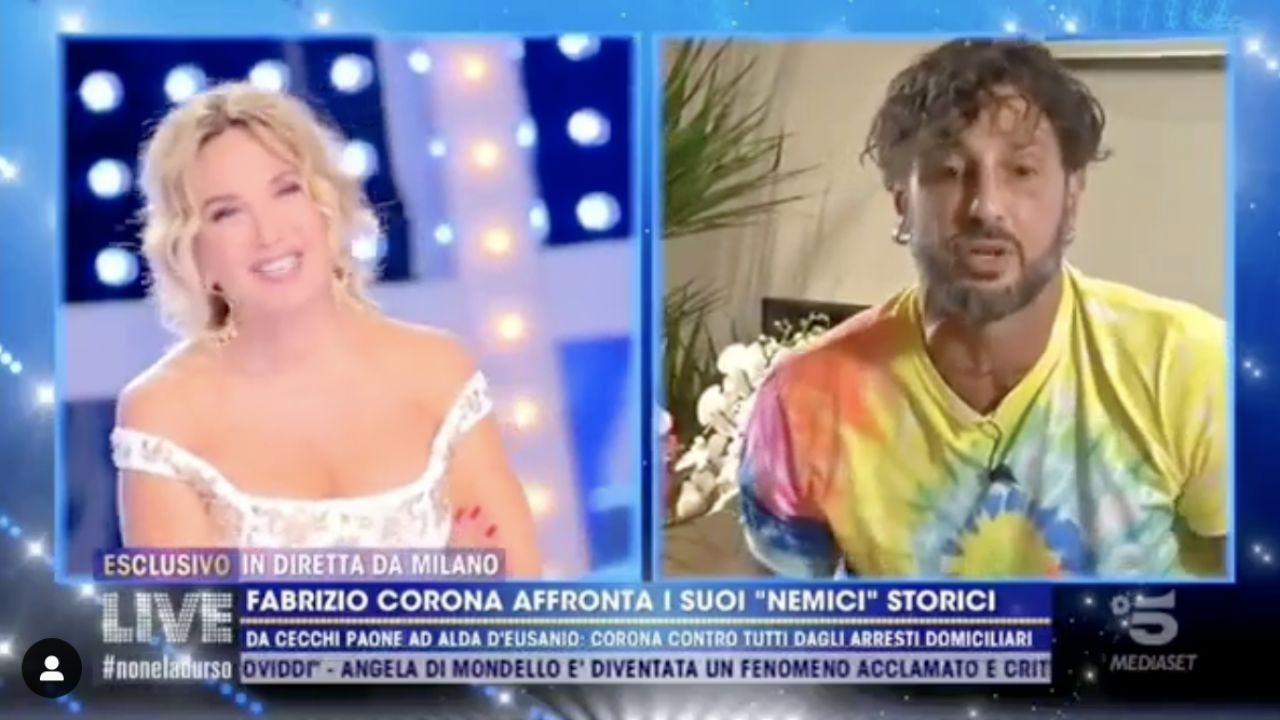 Fabrizio Corona, proposta Barbara D'Urso: 'io sono single Barbara', la reazione