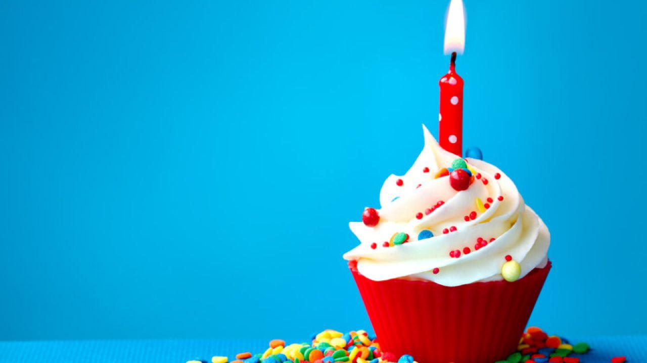 abbastanza lancia gli auguri per il compleanno automatici DH13