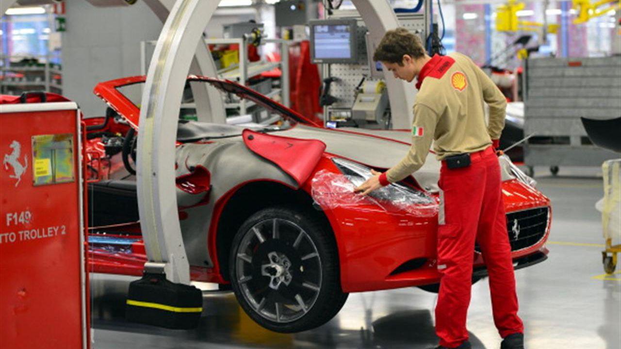 Ferrari: 'il coronavirus non ci ha fermati, stabilimenti operativi'