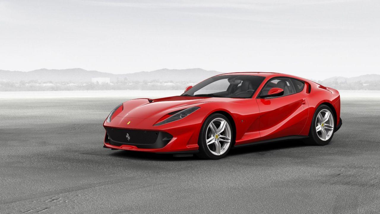 Ferrari: la prima supercar ibrida sarà presentata tra pochi mesi