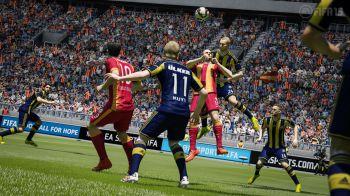 FIFA 15 regala un pacchetto ai giocatori della modalità Ultimate Team