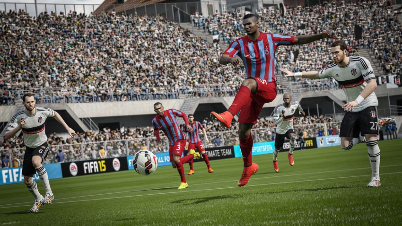 FIFA 15: Sony annuncia una vendita abbinata con PlayStation 4