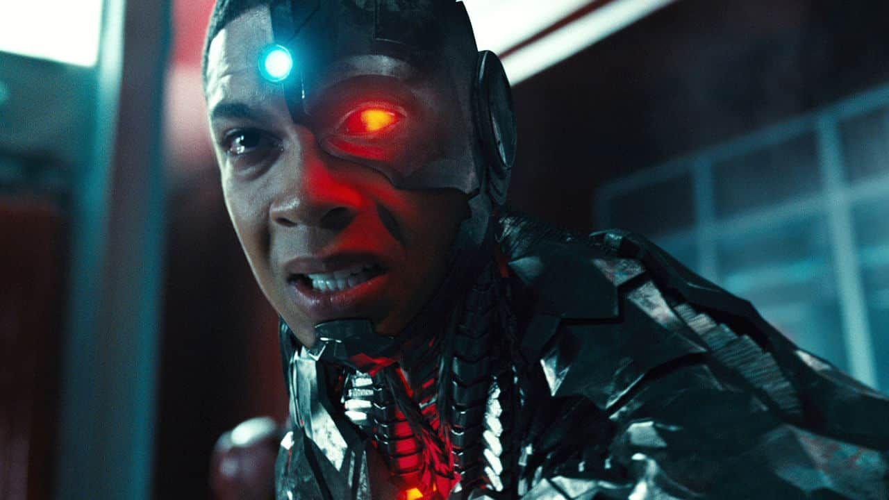 Flash, Ray Fisher non ci sarà: Cyborg è stato eliminato dallo script