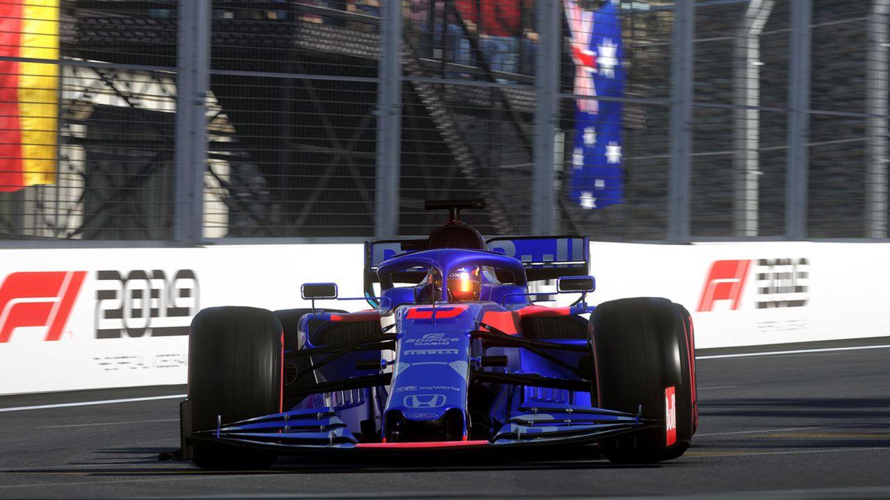 Formula 1: campionato sospeso? Nessun problema, si gareggia online