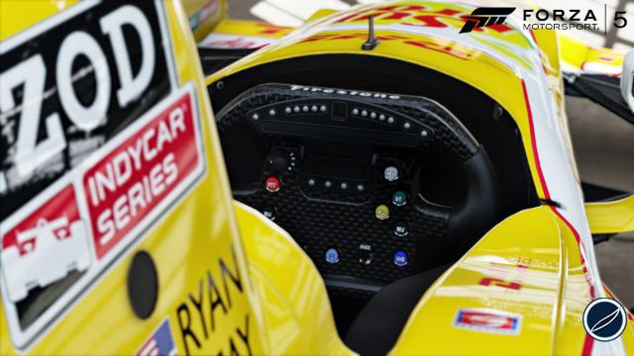 Forza Motorsport 5 supporta fino a 24 giocatori online, dispone di server dedicati e 120 auto nuove