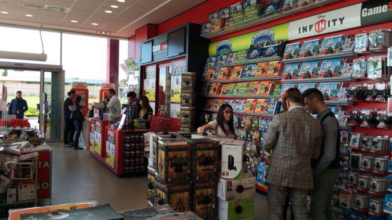 Gamestop lancia il primo outlet italiano del videogioco