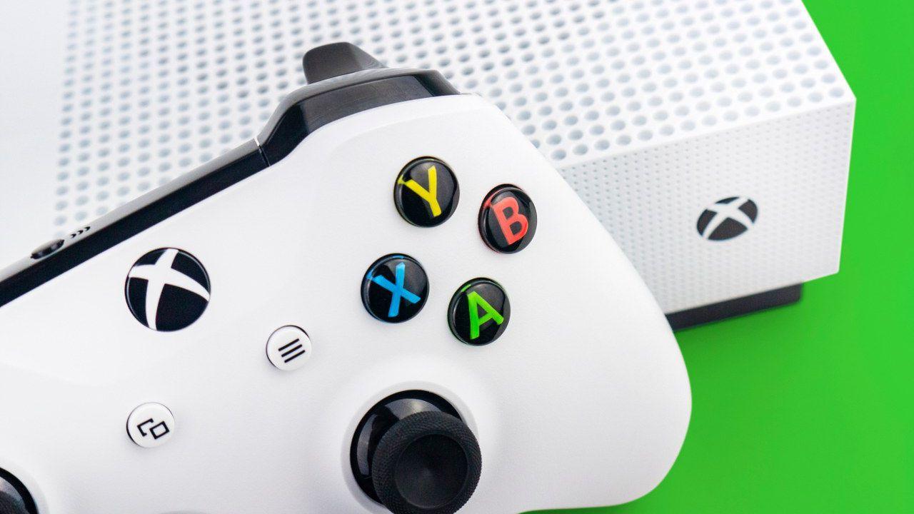 GameStop: le offerte del volantone estivo su Xbox One X e Xbox One S