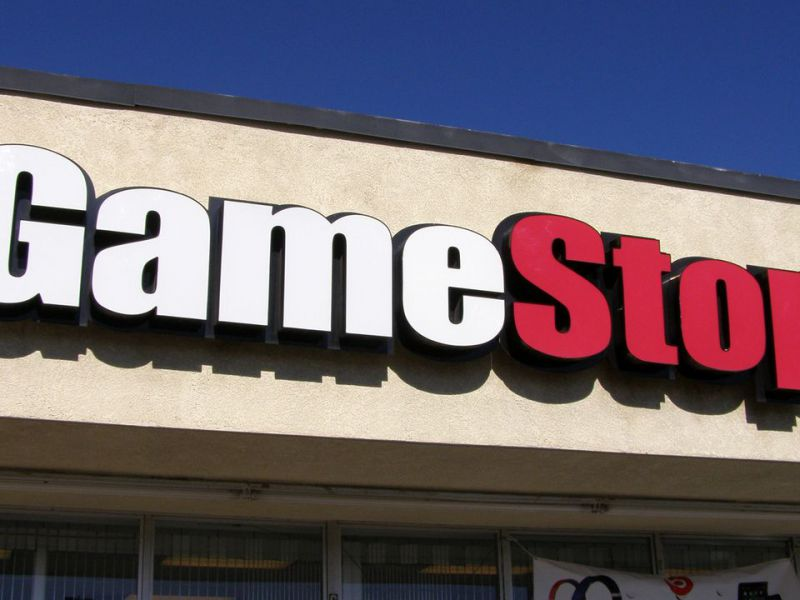 GameStop: the title returns to fly after the removal of the restrictions in Robinhood