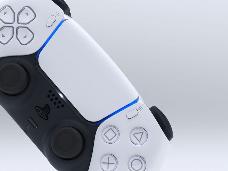 GameStopZing gives PlayStation Plus as a gift by purchasing a DualSense controller for PS5
