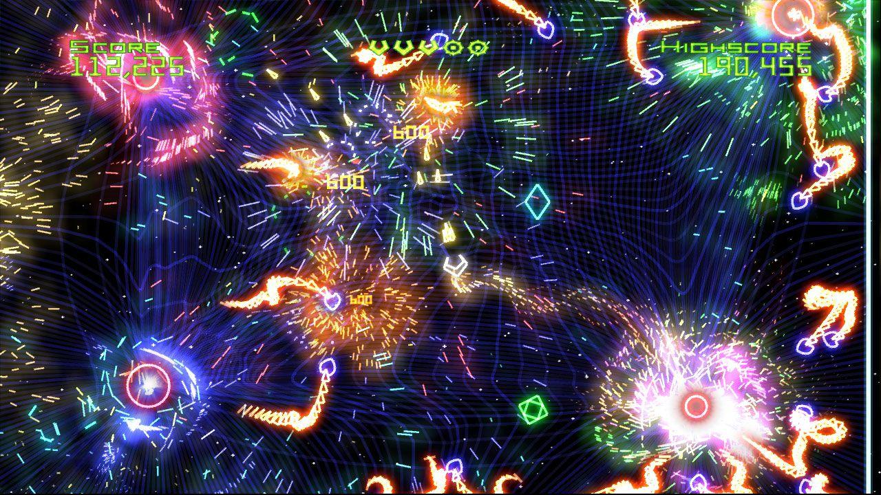 Geometry Wars Retro Evolved è ora compatibile con Xbox One
