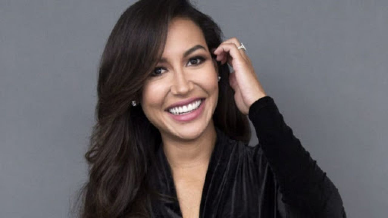 Glee, il commovente tributo della sorella di Naya Rivera: 'Il mio mondo è distrutto'