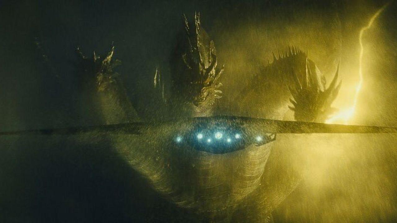 Godzilla affronta King Ghidorah nel nuovo poster di Godzilla: King of the Monsters!