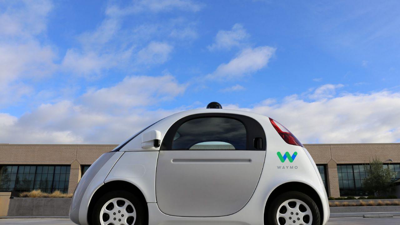 Google Waymo: primo via libera per le vetture senza guidatore di sicurezza