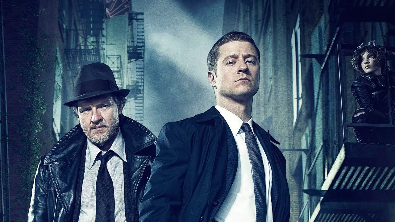 Gotham 3: online i primi character poster della stagione