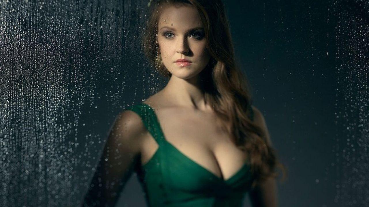 Gotham 3: un primo sguardo alla nuova Poison Ivy interpretata da Maggie Geha